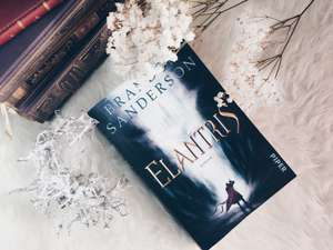 Rezension von Brandon Sanderson - Elantris