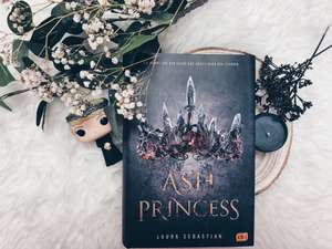 Rezension zu Laura Sebastian: Ash Princess